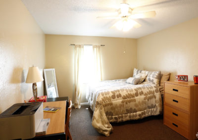 falcon-landing-apartments-bowling-green-oh-bedroom (4)