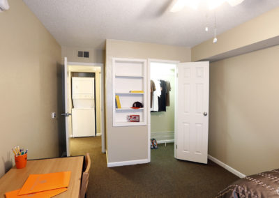 falcon-landing-apartments-bowling-green-oh-bedroom (7)